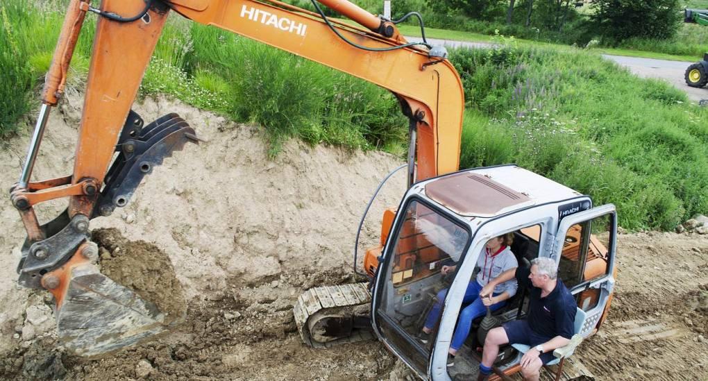 Digger Driving
