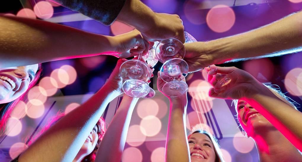 Leeds Ladies 4 Star Bubbles Weekend