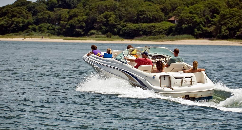 Speedboat Hire